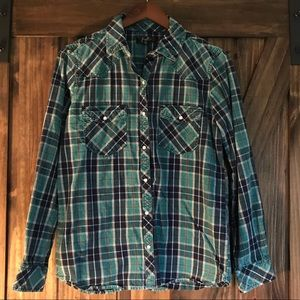 "Flannel ""pearl"" snap button down"